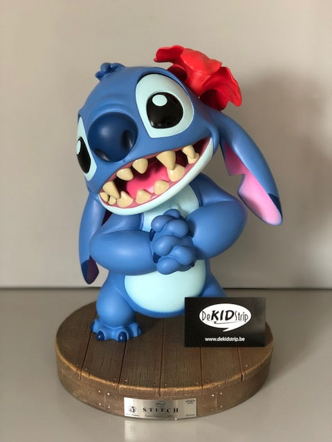 Disney - Beast Kingdom Toys - Miracle Land - Polystone Figure Stitch (33 cm)