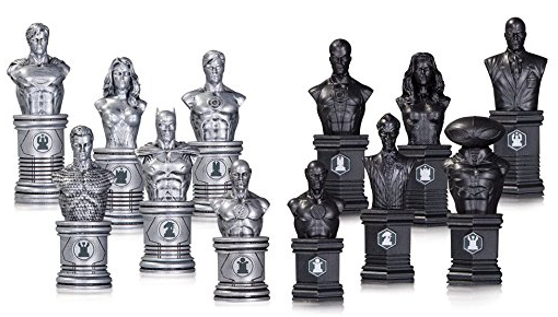DC Collectibles - Chess Set - Justice League vs. The Legion of Super Villains
