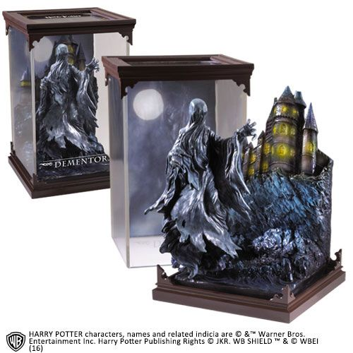 The Noble Collection - Magical Creatures - Harry Potter - Resin Figure Dementor (7)