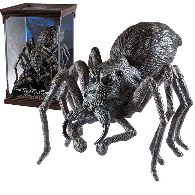 The Noble Collection - Magical Creatures - Harry Potter - Resin Figure Aragog (16)