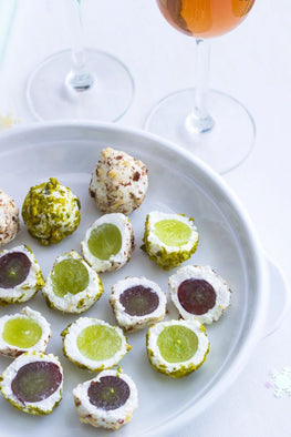 Last Minute Appetizer Ideas for Christmas and New Years Eve: Fresh Goats Cheese GRAPES Balls