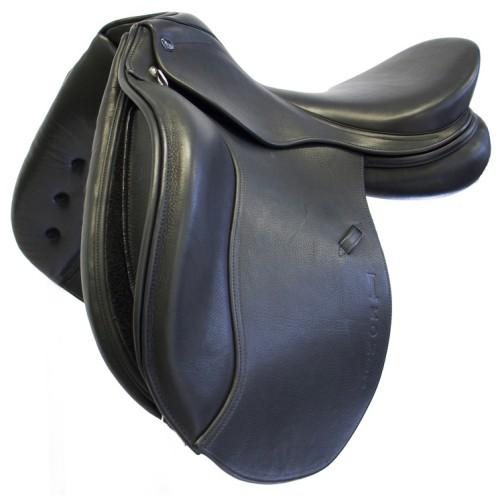 "Ikonic Dressage Saddle 17"" Black-IKONIC"