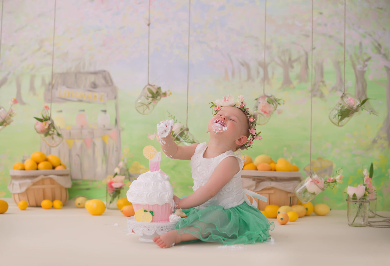 Signature Backdrop | Lemonade Stand