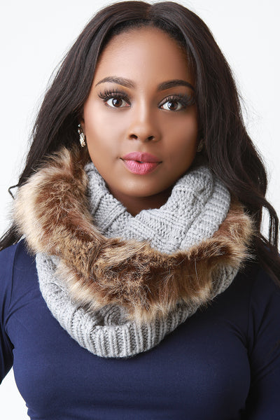 Cable Knit Faux Fur Trim Circle Scarf