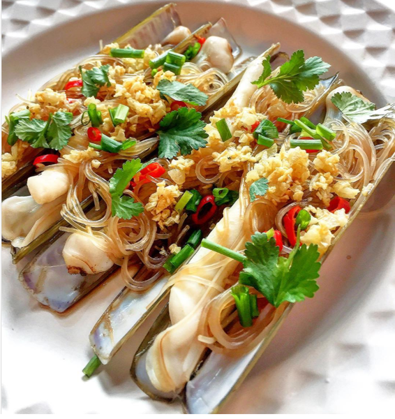Buy Live Scotland Razor Clams Online for Delivery - Evergreen Seafood Singapore