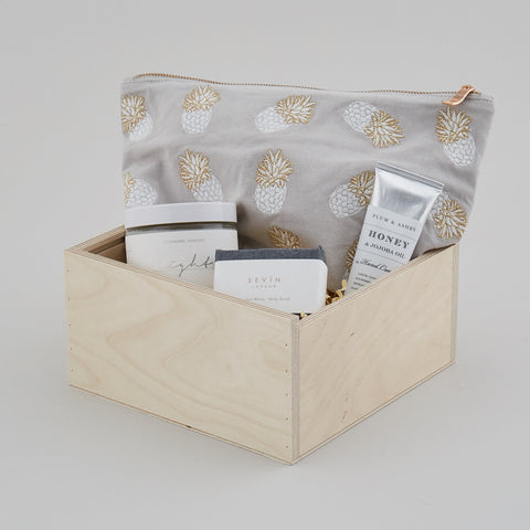 SWEET THOUGHTS GIFT BOX