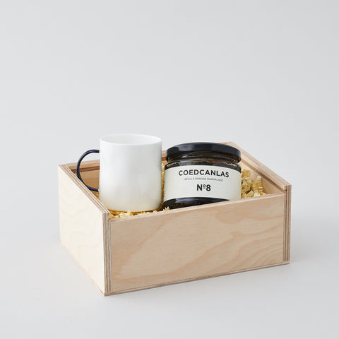 TEA & TOAST GIFT BOX