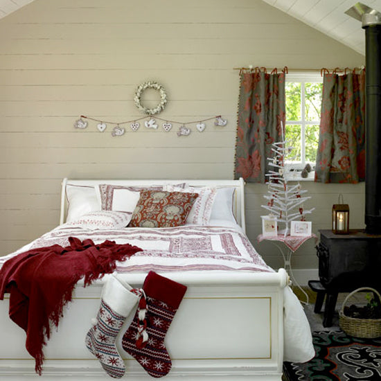 seriously stylish festive charm children s bedrooms romantic christmas bedroom ad athomeforchristmas