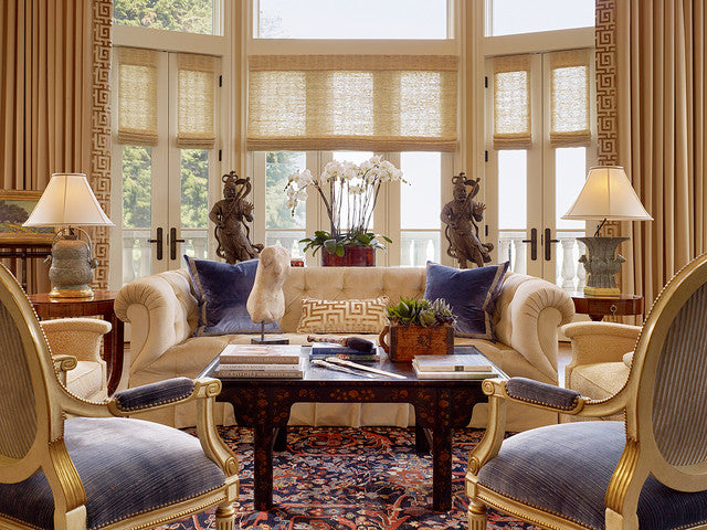 Traditional living room ideas using luxury fabrics for Traditional living room
