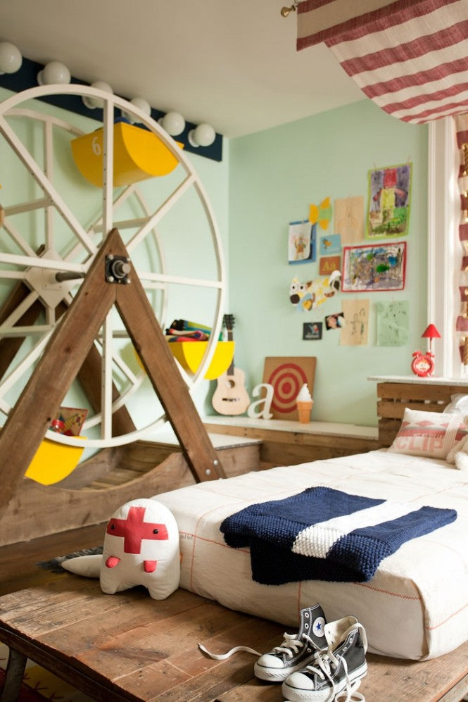 fairground themed kids bedroom, in light gree and a small room side Ferris wheel