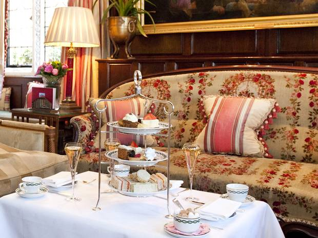Afternoon tea at a hotel