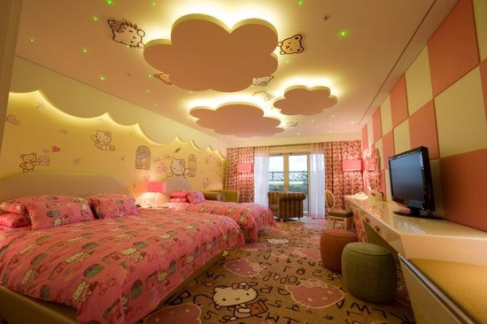 14 Amazing Bedroom Ceilings