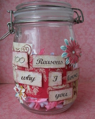 Glass Kilner jar containing notes explaining why I love you