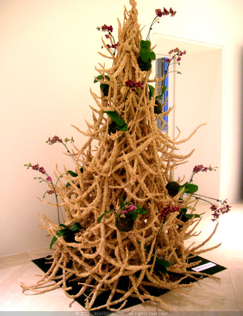 A funky Christmas tree made from corn millet sprigs