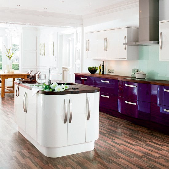 Aubergine Kitchen Cabinets, With White Kitchen Island And Dark Laminate Floor