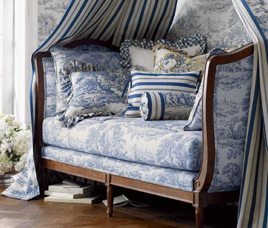 Awesome-Contemporary-Daybed-Furniture-Design-For-Outdoor-Blue-French-Provencal-Daybed-Canopy-Toile-Pillows-Cushion-Ticking-Eclectic-Home-Room-Decor-IdeasDaybe
