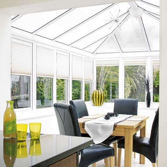 5 top tips to make your conservatory usable this year for Conservatory dining room design ideas