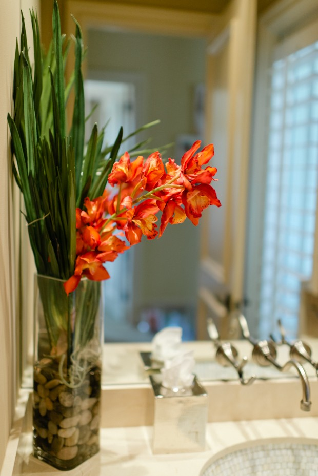 Fresh flowers in the bathroom