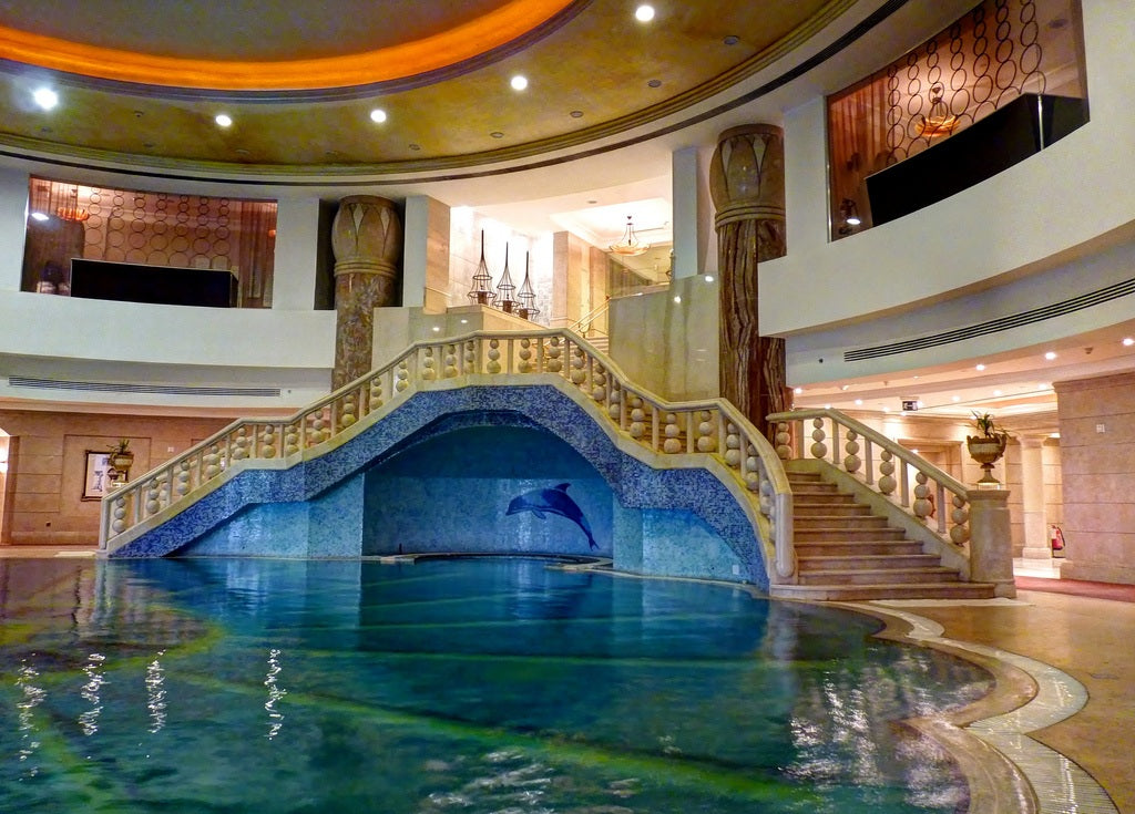 delightful cute amazing indoor swimming pool with brown floor tile - Cool Indoor Swimming Pools