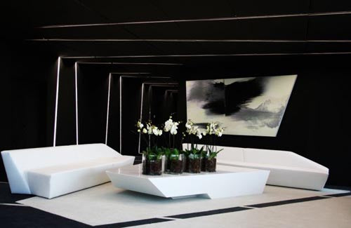 Black and white modern living room style