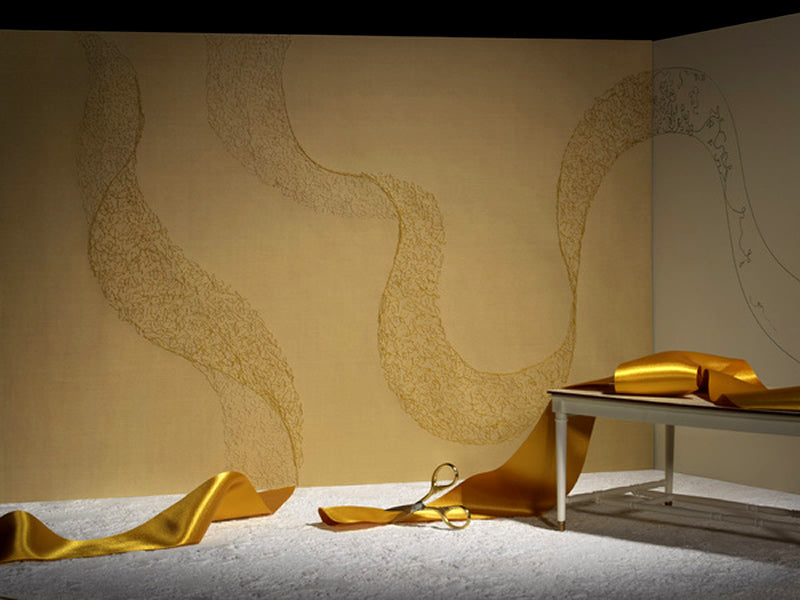 Interior-Wallpapers-Design-Home-Wall-Coverings-Claire-Coles-Gold-RIbbon