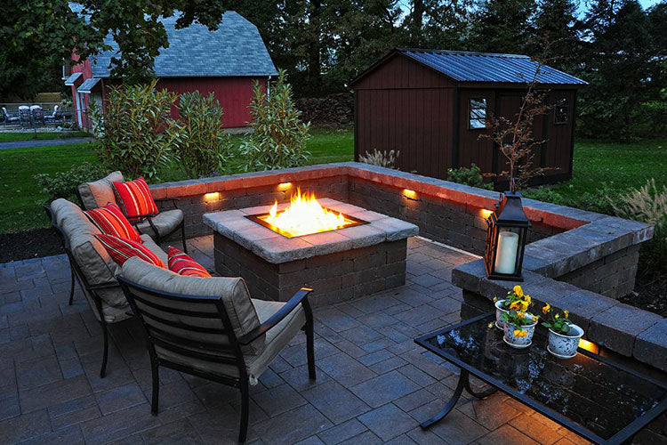 Find the Perfect Fire Pit for Your Backyard Oasis