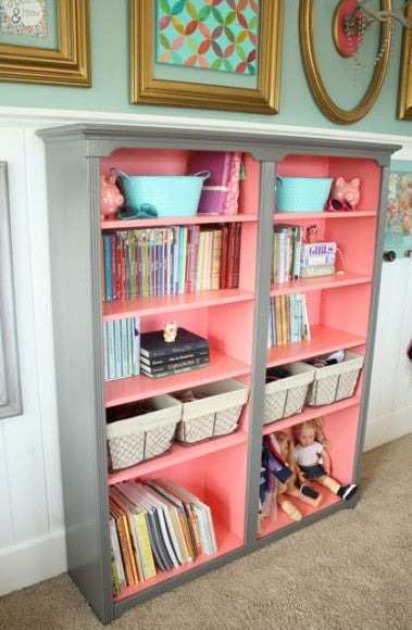 Bookshelf with salmon pink interior colour and grey exterior colour