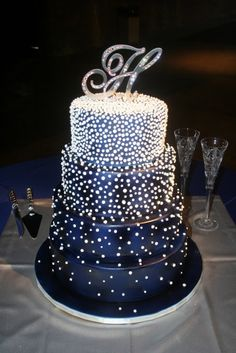 Fancy Black And White Starry Wedding Cake