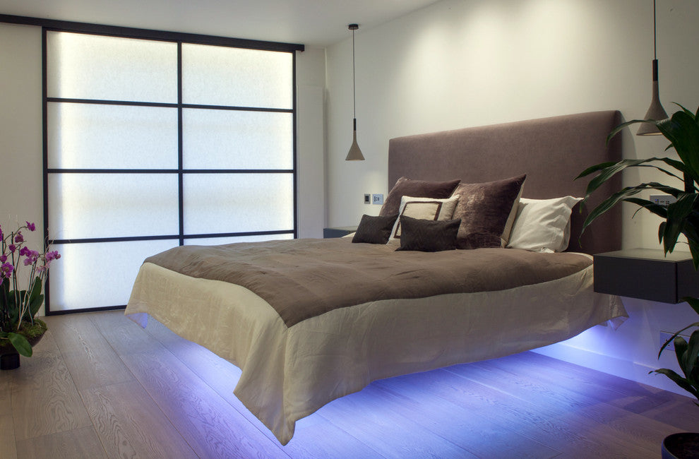 Floating effect bed