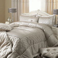 Elegant velvety cream bedding