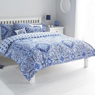 Summer Blues Inspiration - blue and white double bedding