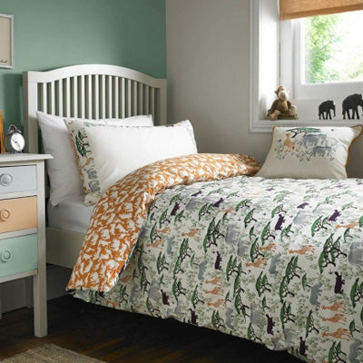 Green Trees And African Animals On White Bedding