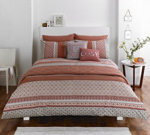Kalisha Spice bedding