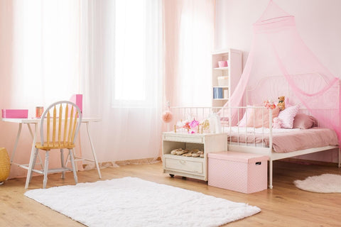 Traditional pink girls bedroom design