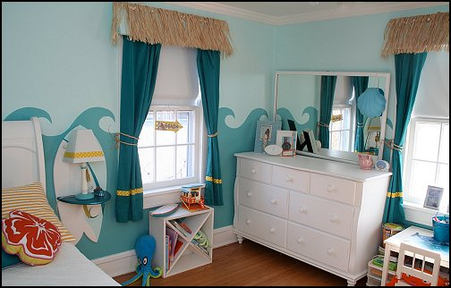Wave Border Design On Bedroom Walls, And Nautical Accessories