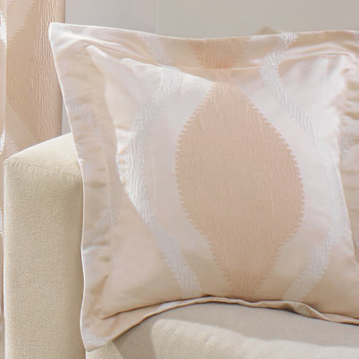 Bellini Filled Cushion Natural