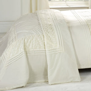 Everdene Bedspread Cream