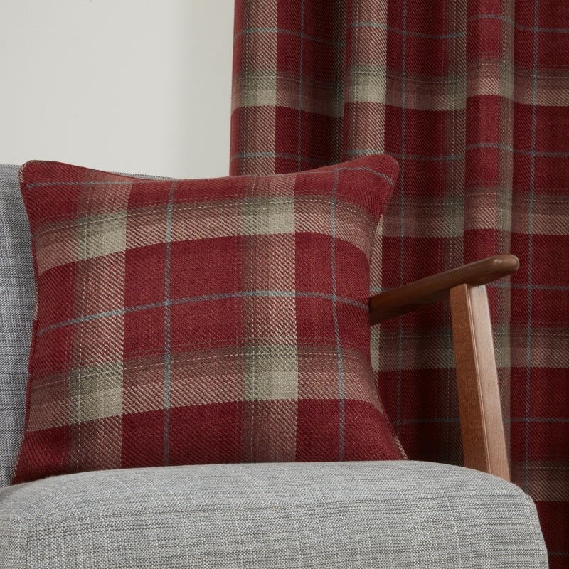 Gordon John Cushions And Throws Carnoustie C/Cover Red Picture