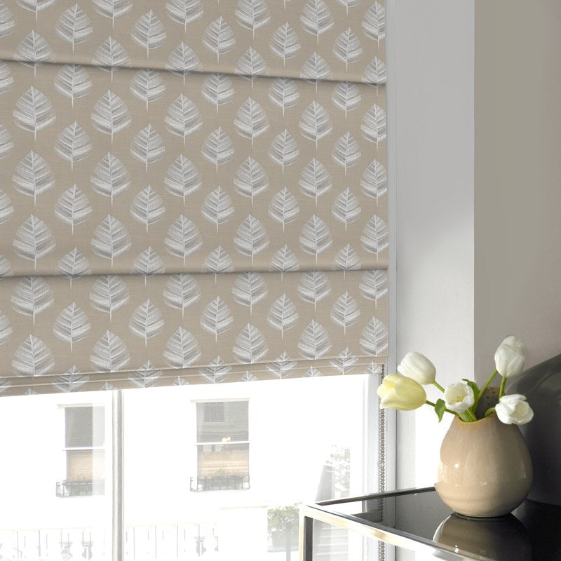 Terrys Fabrics Cruz Roman Blind Oyster Picture