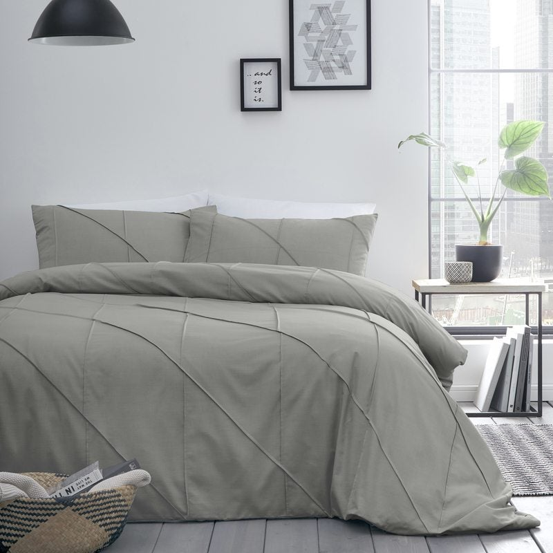 J Rosenthal Bedding Dart Bedding Set Grey Picture