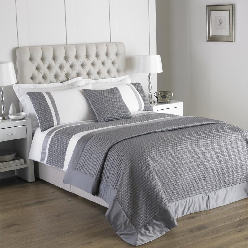 Honeycomb Bedding Silver