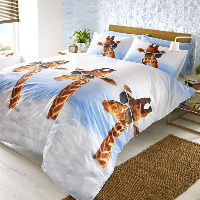 Ashley Wilde Bedding  Jeffrey Bedding In Multi