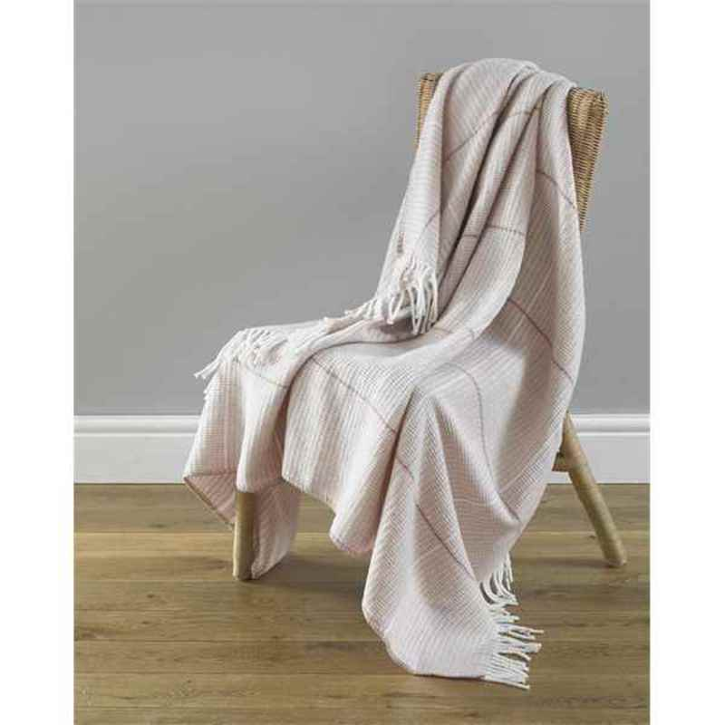 Beamfeature Cushions And Throws  Modena Throw Pink
