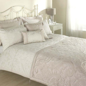 Julian Charles Paisley Bedding Natural
