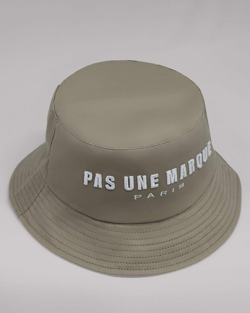 Reversible Embroidered Bucket Hat (Beige / White)