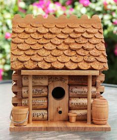 10 CRAFTY IDEAS FOR USED WINE CORKS