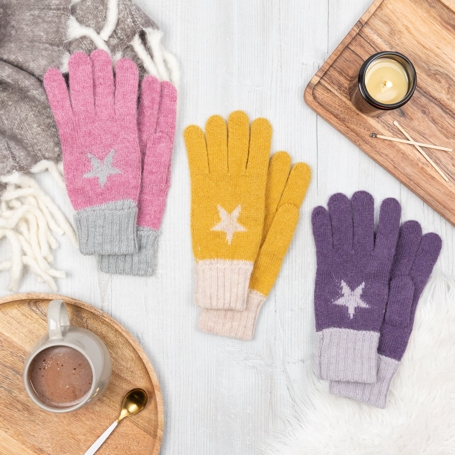 Star Knitted Gloves