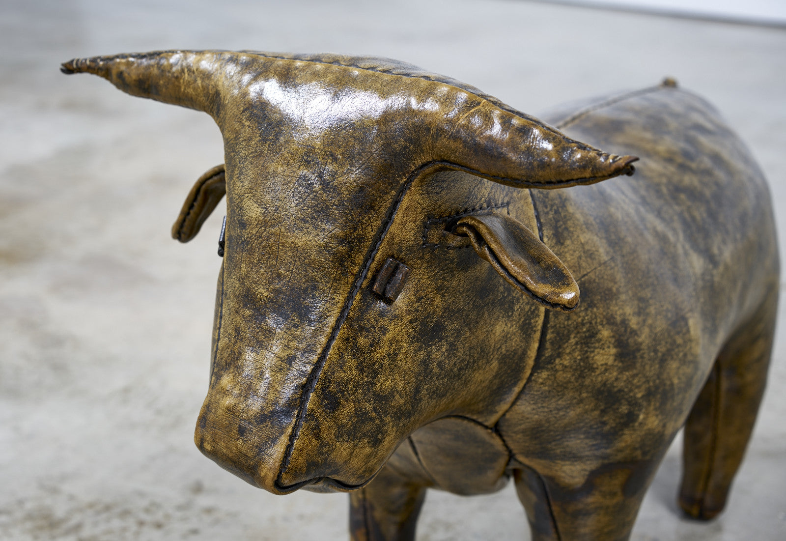 Abercrombie and Fitch Leather Bull by Omersa