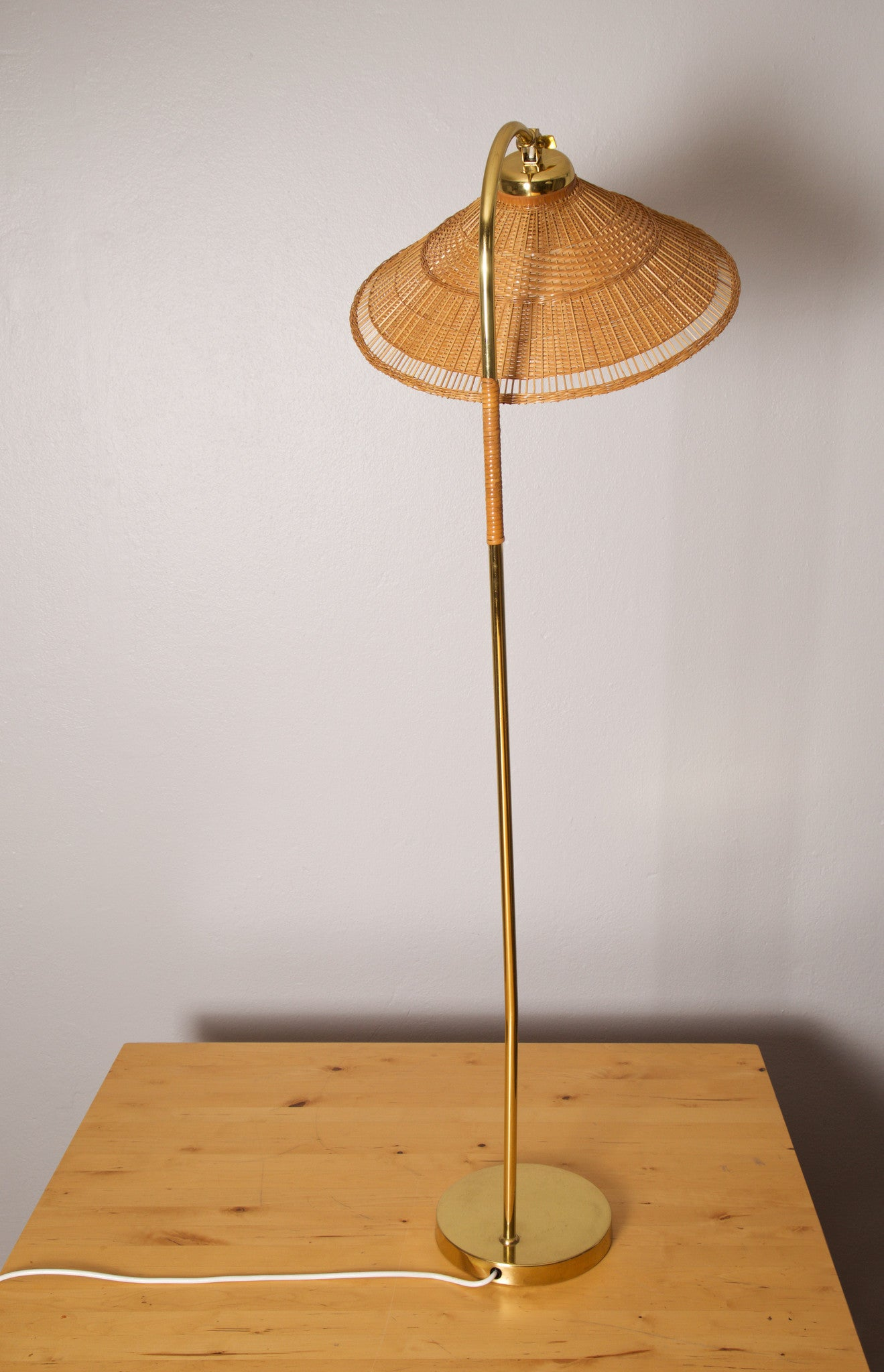 Paavo Tynell Floor Lamp, Idman Oy, Finland, 1950s - The Exchange Int