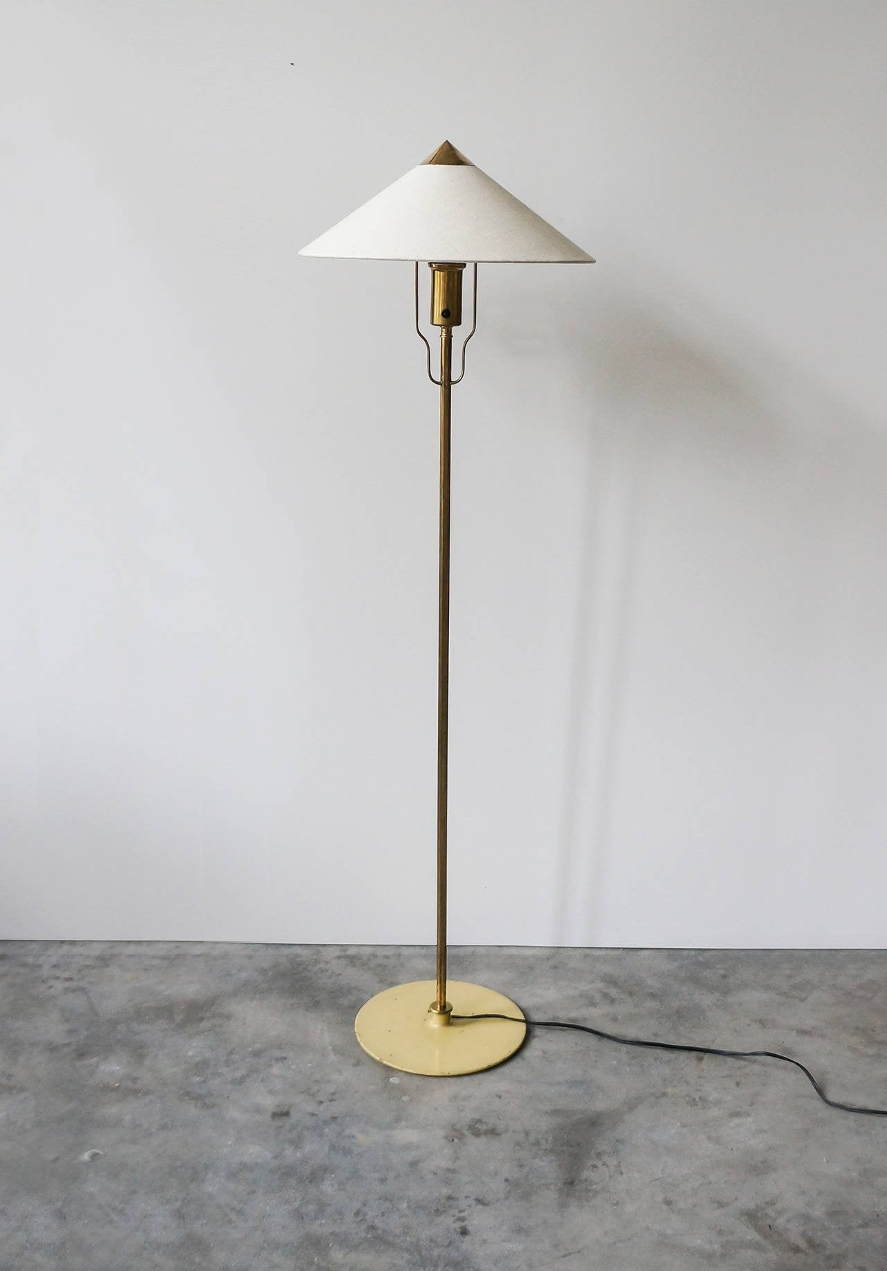 Paavo Tynell Floor Lamp, Model 5762 Manufactured by Taito Oy, Finland - The Exchange Int